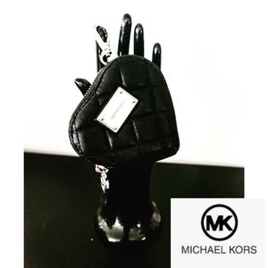 🦄 RARE - Authentic Michael Kors Heart 🦄
